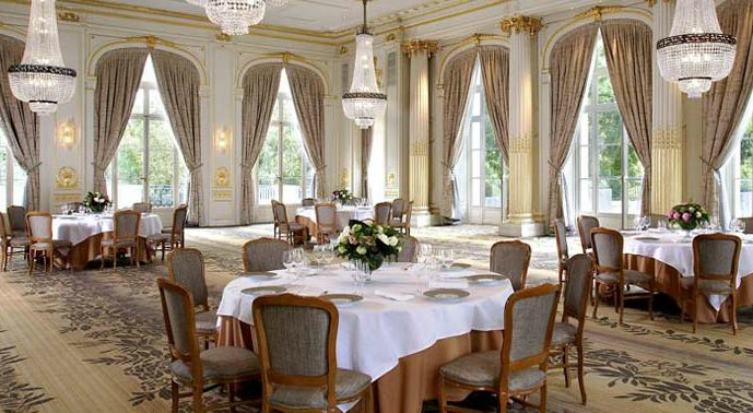 Trianon palace - the reception room