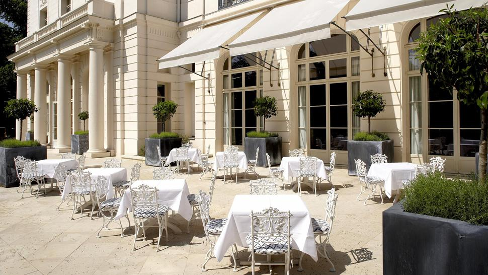 "The Terrace of ""Trianon palace"""